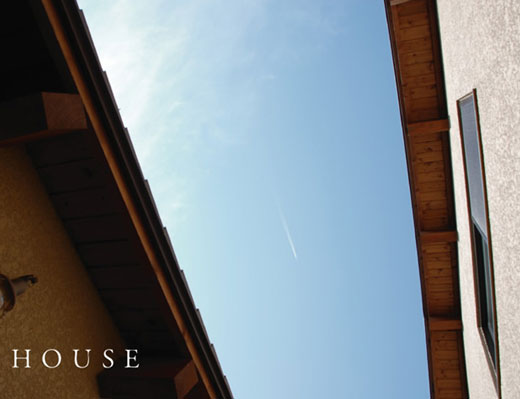 te_house